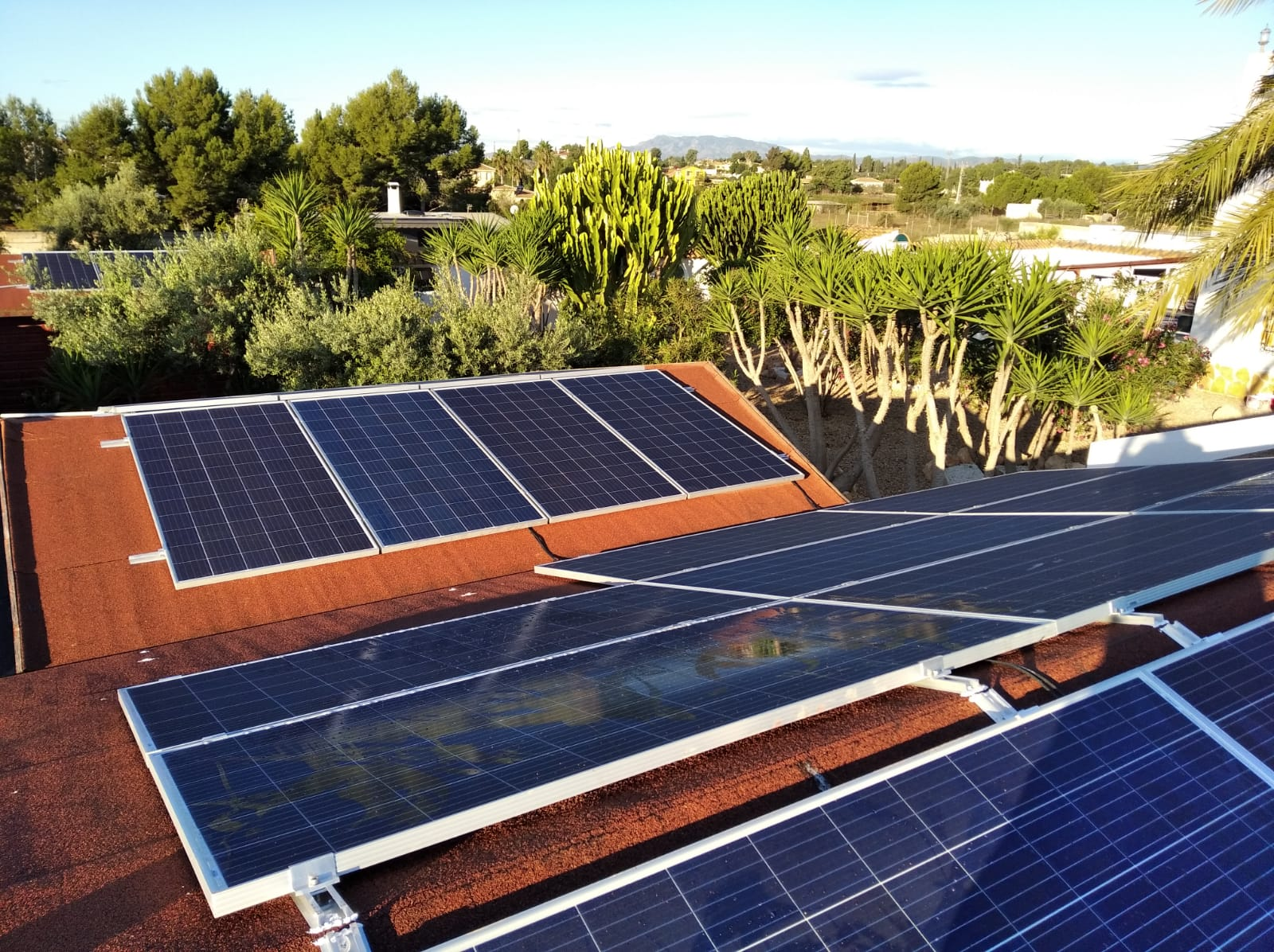 Instalación en resorts paneles solares Urbi Solar